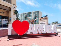 Aruba Travel Guide - Things To Do & Best Places to Eat 🌴